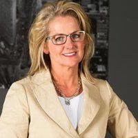 Dr Holly Aylworth
